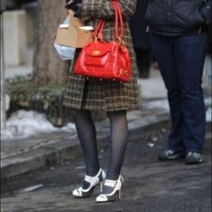 Blair Waldorf Pour la Victoire pumps, size 6